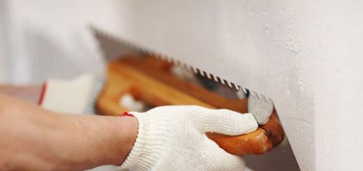 Как правильно шпаклевать и штукатурить стены?